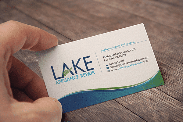 Lake BC Mockp Hand 600